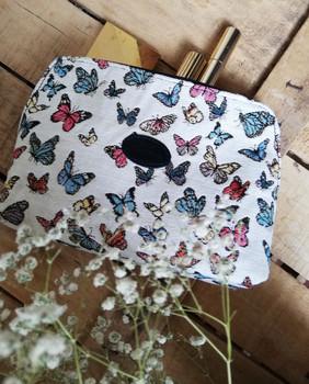 """Trousse de toilette de la collection """"Papillons"""" (ref 8881.68) Royal Tapisserie / Pencil case tapestry"""