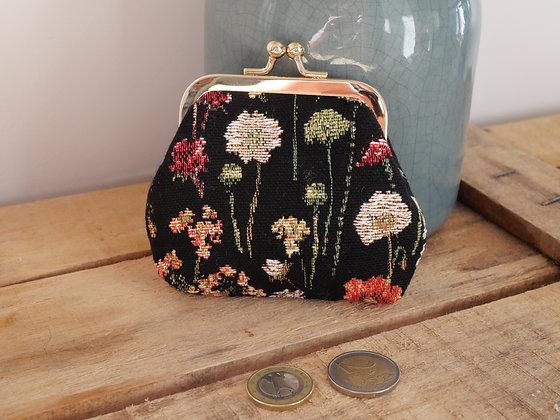 Porte monnaie fleurs en hiver Royal Tapisserie pochette trousse coussin handbag tapestry cushion coin purse flowers garden