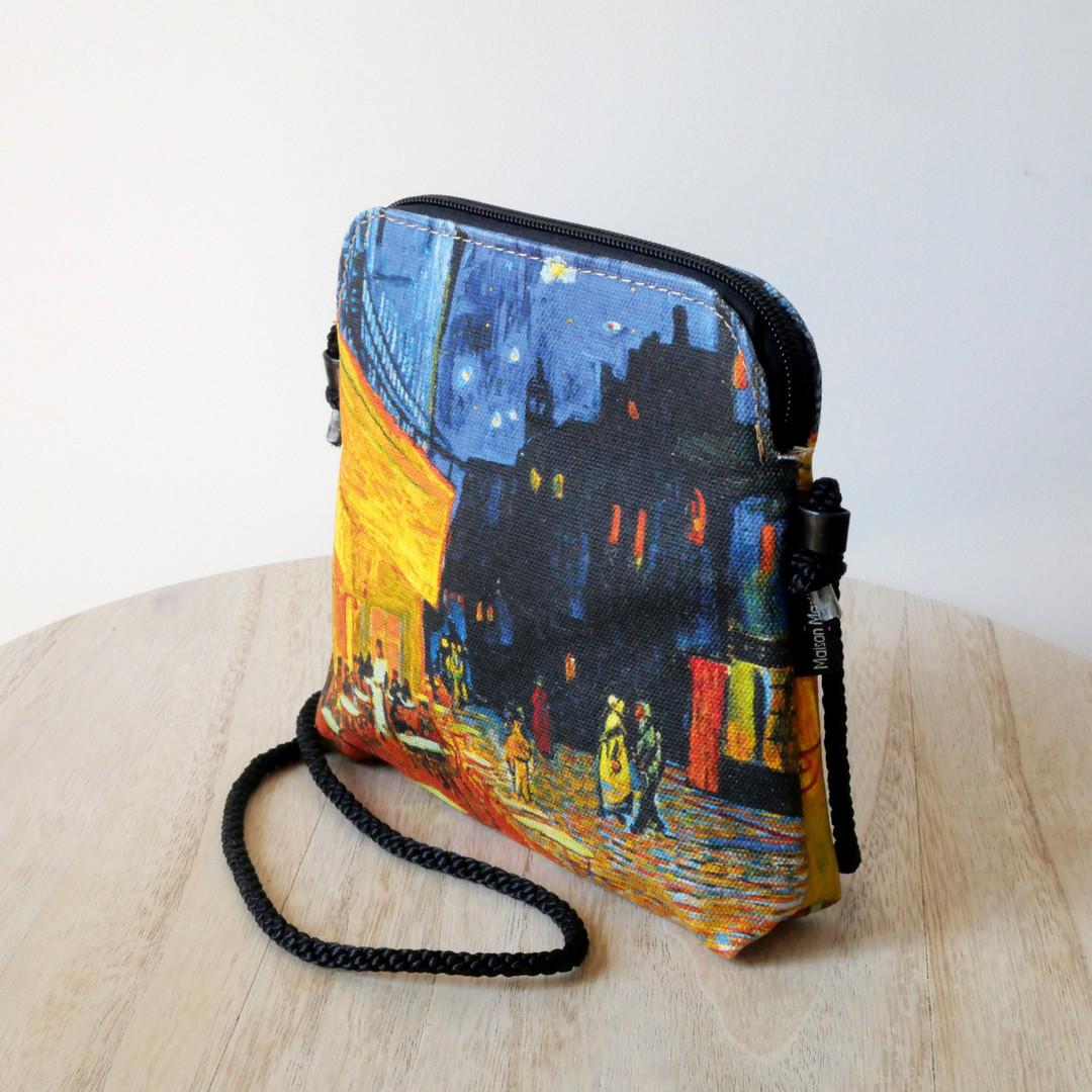 """Maison Martin par Royal Tapisserie petit sac cordon """"Terrasse du café le soir"""" de Van Gogh (référence 8971V1)"""