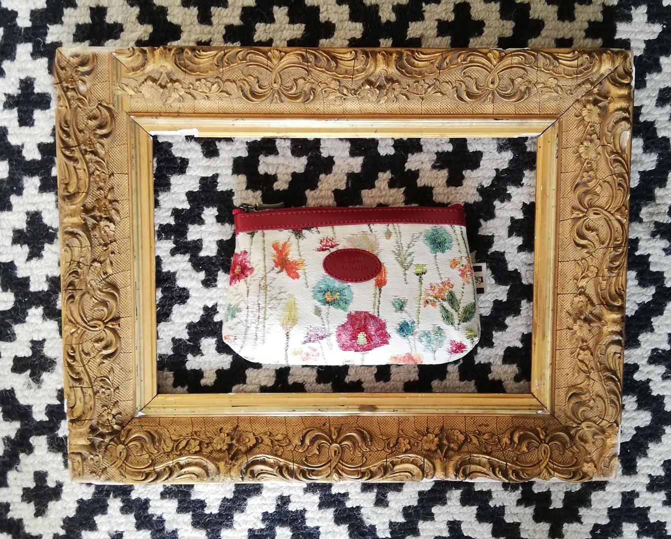"""Trousse maquillage de la collection """"Fleurs des Champs"""" (ref 8850.74) Royal Tapisserie / Pencil case tapestry"""