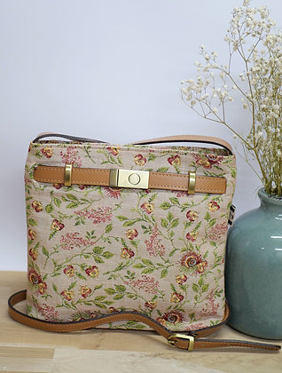 Sac marie antoinette versailles trousse coussin Royal Tapisserie tapestry handbag red roses pencil case pouch cushion