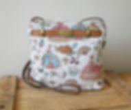 Sac Royal Tapisserie Bal paré marie-antoinette fabriqué en france (existe en coussin également)