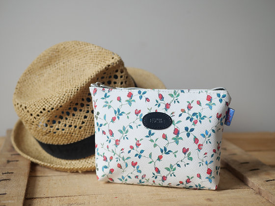 Trousse de toilette leopard fleurs pochette fabriqué en france etui lunette sac à main handbag made in france french gift