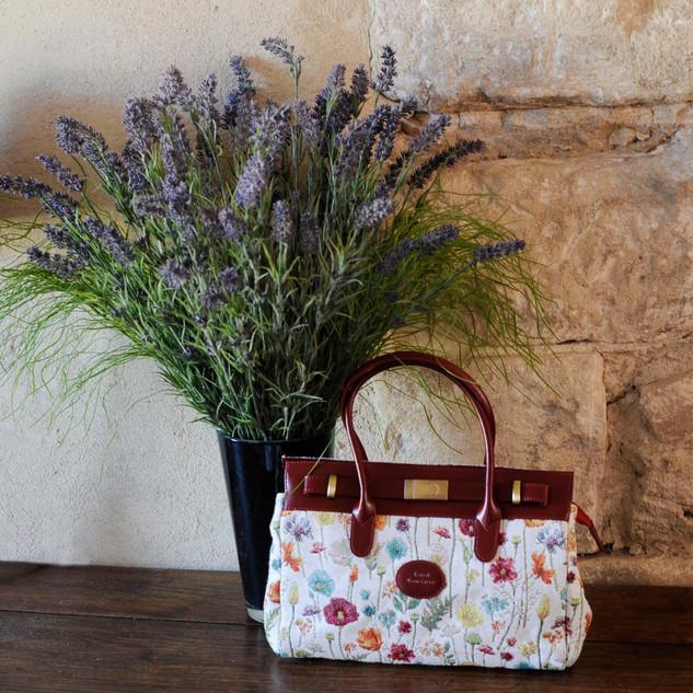 "Sac à main dessin ""Fleurs des Champs"" (ref 8967.74) Royal Tapisserie / Handbag tapestry"