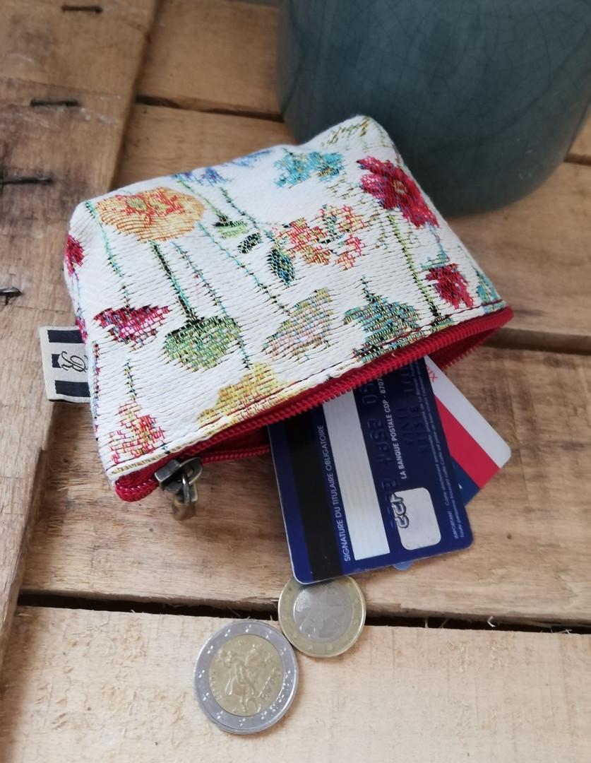 """Porte-monnaie de la collection """"Fleurs des Champs"""" (ref 419.74) Royal Tapisserie / coin purse tapestry"""