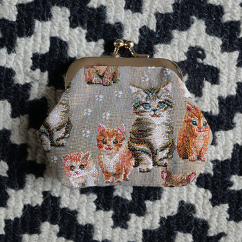 "Porte-monnaie rétro de la collection ""Chatons"" (ref 402.71) Royal Tapisserie / coin purse tapestry"