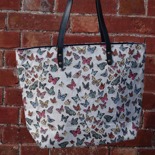 "Sac shopping motif ""Papillons"" (ref 8976.68) Royal Tapisserie / Shopping bag tapestry"