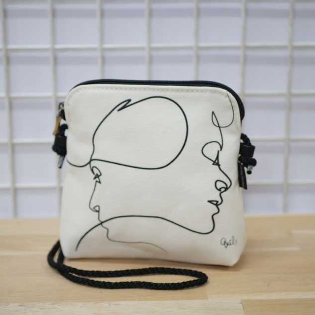 "Petit sac cordon QUIBE ""Presque Blanc"" Référence 8971PB"