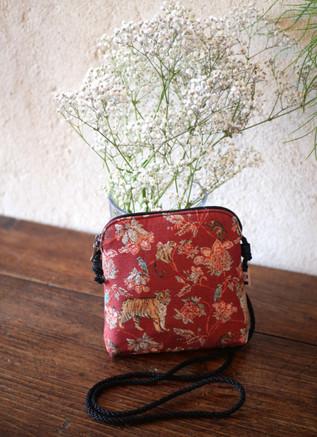 """Petit sac cordon de la collection """"Jungle""""  Référence 8971.87 Royal Tapisserie"""