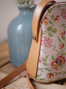 """Sac trotter bandoulière de la collection """"Broché de la Reine Marie-Antoinette"""" (ref 8901.65) Royal Tapisserie / shoulder bag tapestry"""
