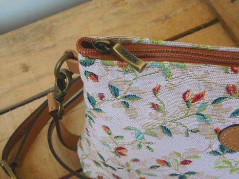 """Sac bandoulière de la collection """"Printemps"""" (ref 8972.85) Royal Tapisserie / Shoulder bag tapestry"""