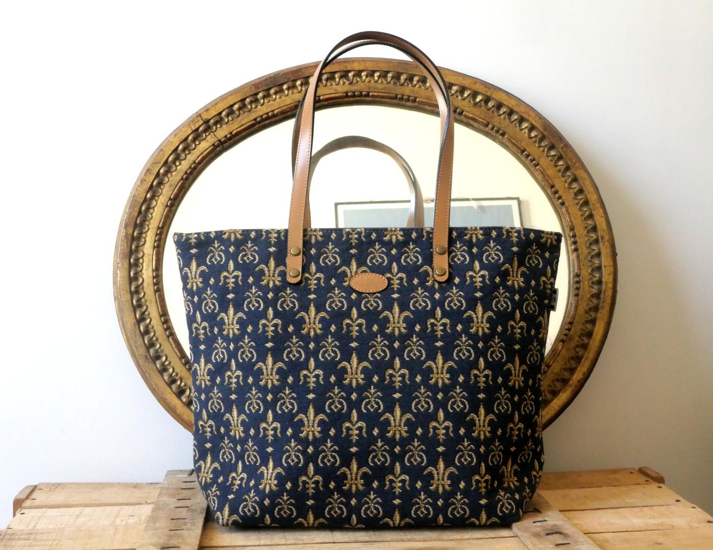 Sac shopping Fleurs de Lys bleu Royal Tapisserie