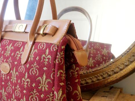 """Sac à main de la collection """"Fleurs de Lys rouge"""" (ref 8967.83) Royal Tapisserie / Handbag tapestry"""