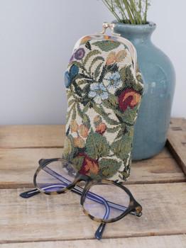 """Etui à lunettes rétro de la collection """"Fleurs de Prunier"""" (ref 405.1) Royal Tapisserie / Glasses case tapestry"""