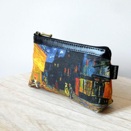 """Maison Martin par Royal Tapisserie trousse maquillage """"Terrasse du café le soir"""" de Van Gogh (référence 8850V1)"""
