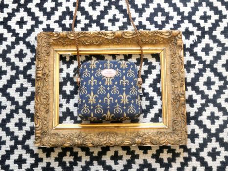 """Petit sac 3 courses de la collection """"Fleurs de Lys bleu"""" (ref 8971.9) Royal Tapisserie / Shopping bag tapestry"""