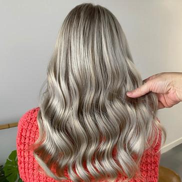 ash_blonde_hair.jpg