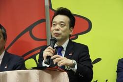 実行委員長であるBar Higuchiの樋口一幸氏が自ら進行を務めました