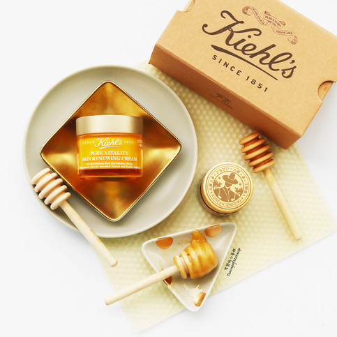 Why Red Ginseng and Manuka Honey are good for you: Kiehl's Pure Vitality Skin Renewing Cream | K
