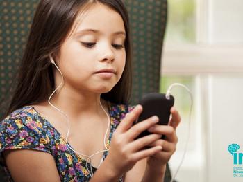 O uso excessivo das mídias digitais pode prejudicar o desenvolvimento das crianças?