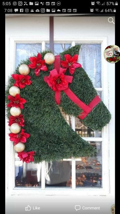 Artificial horse head wreath with bulbs