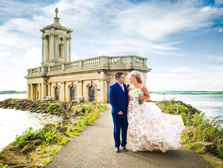 Extraordinary real wedding: A belle bride by the waters edge....