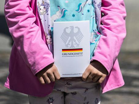 Kinderrechte ins Grundgesetz jetzt im parlamentarischen Gesetzgebungsverfahren