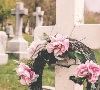 Nouveau service : Arrangement florale pour le cimetière Monuments Deraspe est heureux de proposer u
