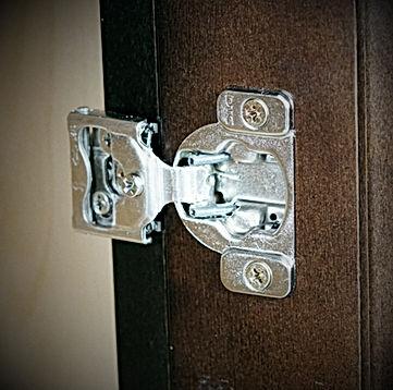 Six way adjustable door hinges