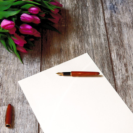 What is Copywriting and What Does A Copywriter Do?