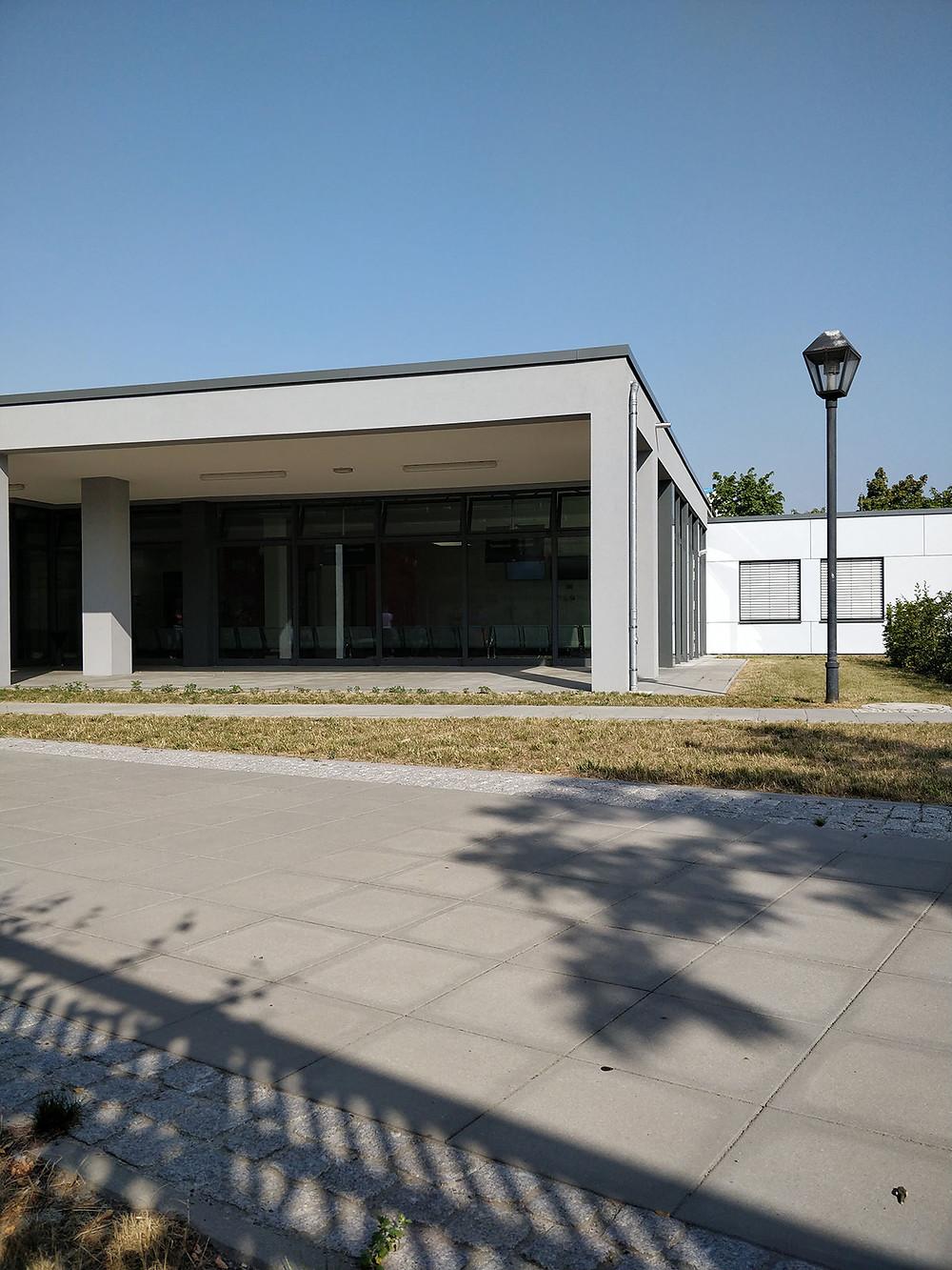 מבנה בירוקרטי מקומי, משרד הזרים בברלין
