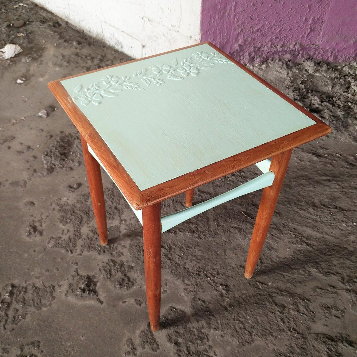 חידוש שולחן צד