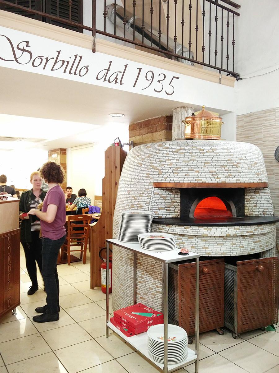 תנורי אבן בנאפולי
