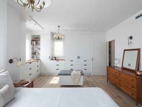 אלף לילה ולילה   חדר השינה בדירה בהרצליה