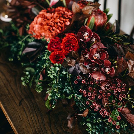 Long Table Floral Feature