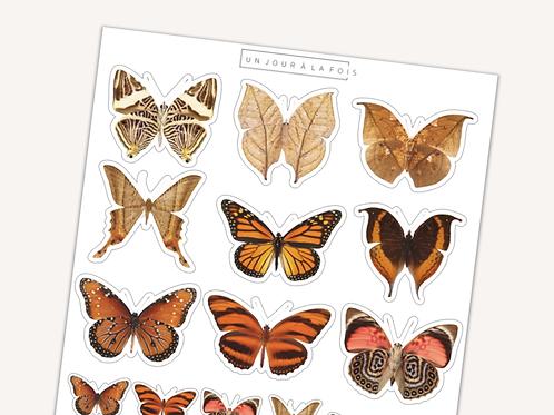 Papillons    15 autocollants   #25