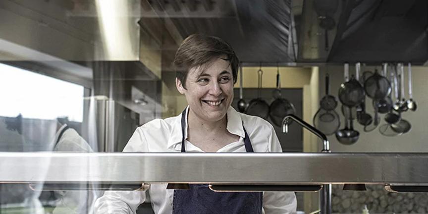 Antonia_klugmann_cooking.webp