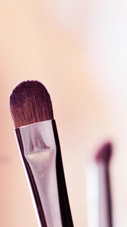 makeup artist, wedding makeup artist