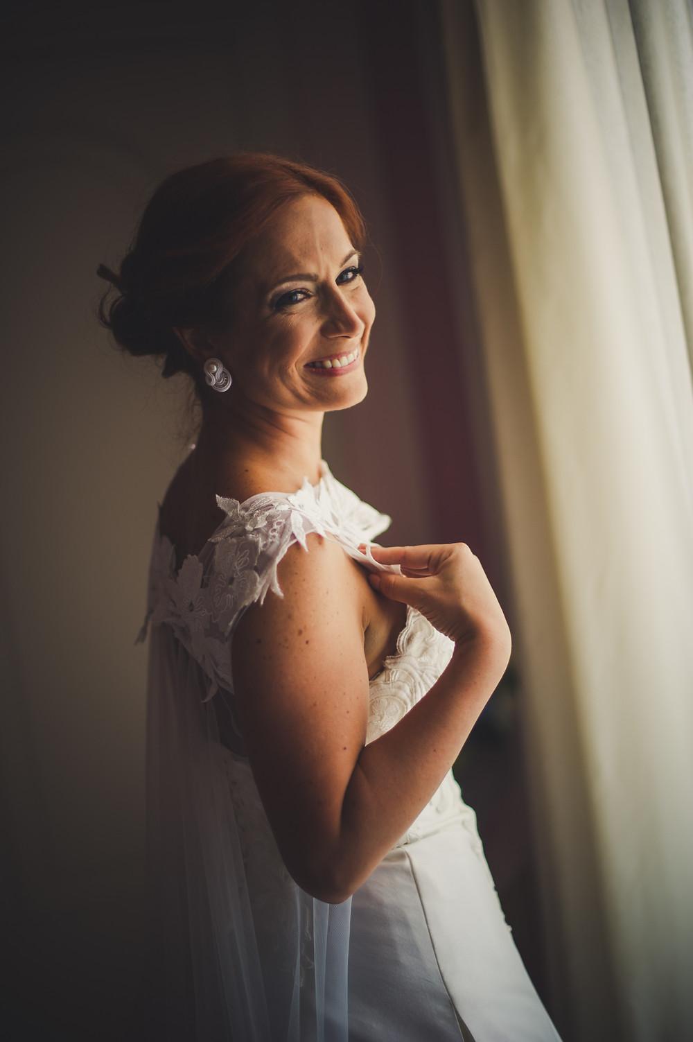 preparativi della sposa, matrimonio borgo medievale tratalias, matrimonio sardegna