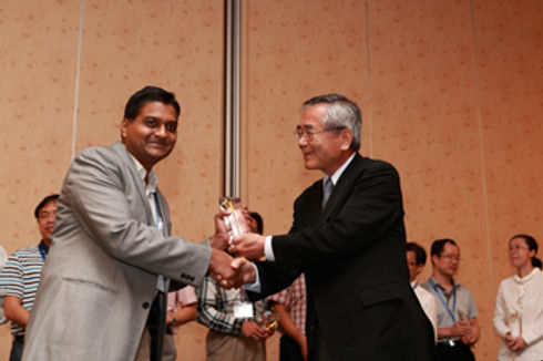 "Mugesh receives ""Asian Rising Star"" commemorative plaque"