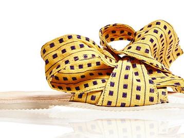 המותג  Brother Vellies מותג נעלים אפריקני של המעצבת Aurora James