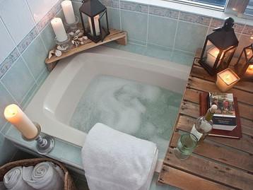 פינוקי אמבטיה: הפעם אביזרים שישדרגו את רגעי השלווה באמבטיה