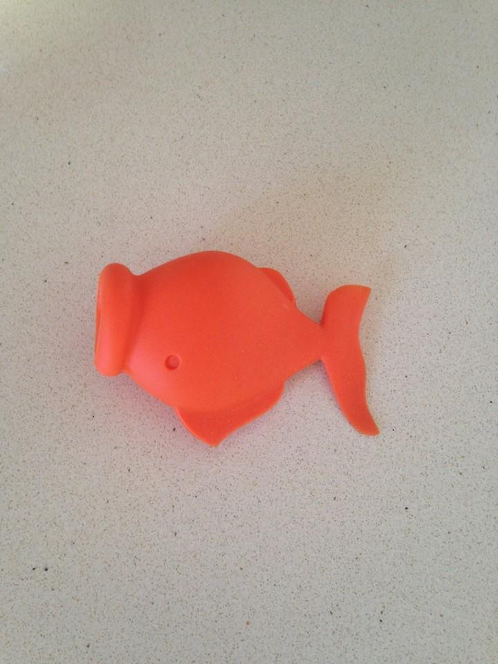 יוקפיש/ Yolkfish דג זהב ייחודי להפרד