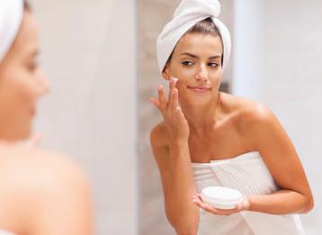 איך לשמור על עור הפנים מתחת למסכת הקורונה?