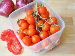 איך מקלפים עגבניות בקלות ובמהירות?