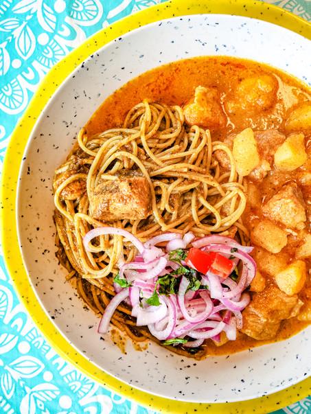 Sopa Seca y Carapulcra Chinchana