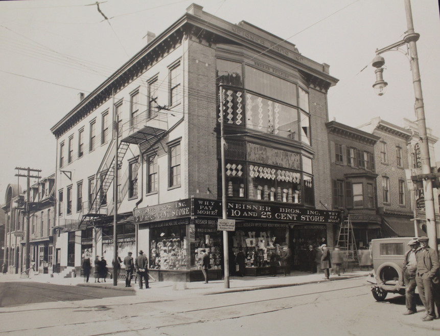 Corner of 4th Street and Market, Chester.