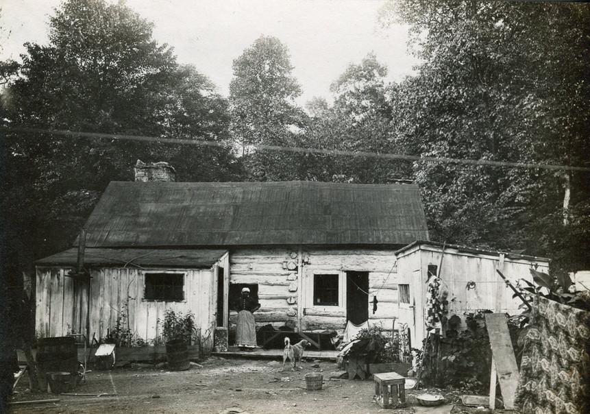 Log Cabin in Darby
