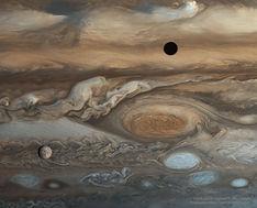 EuropaJupiter_Voyager_960.jpg