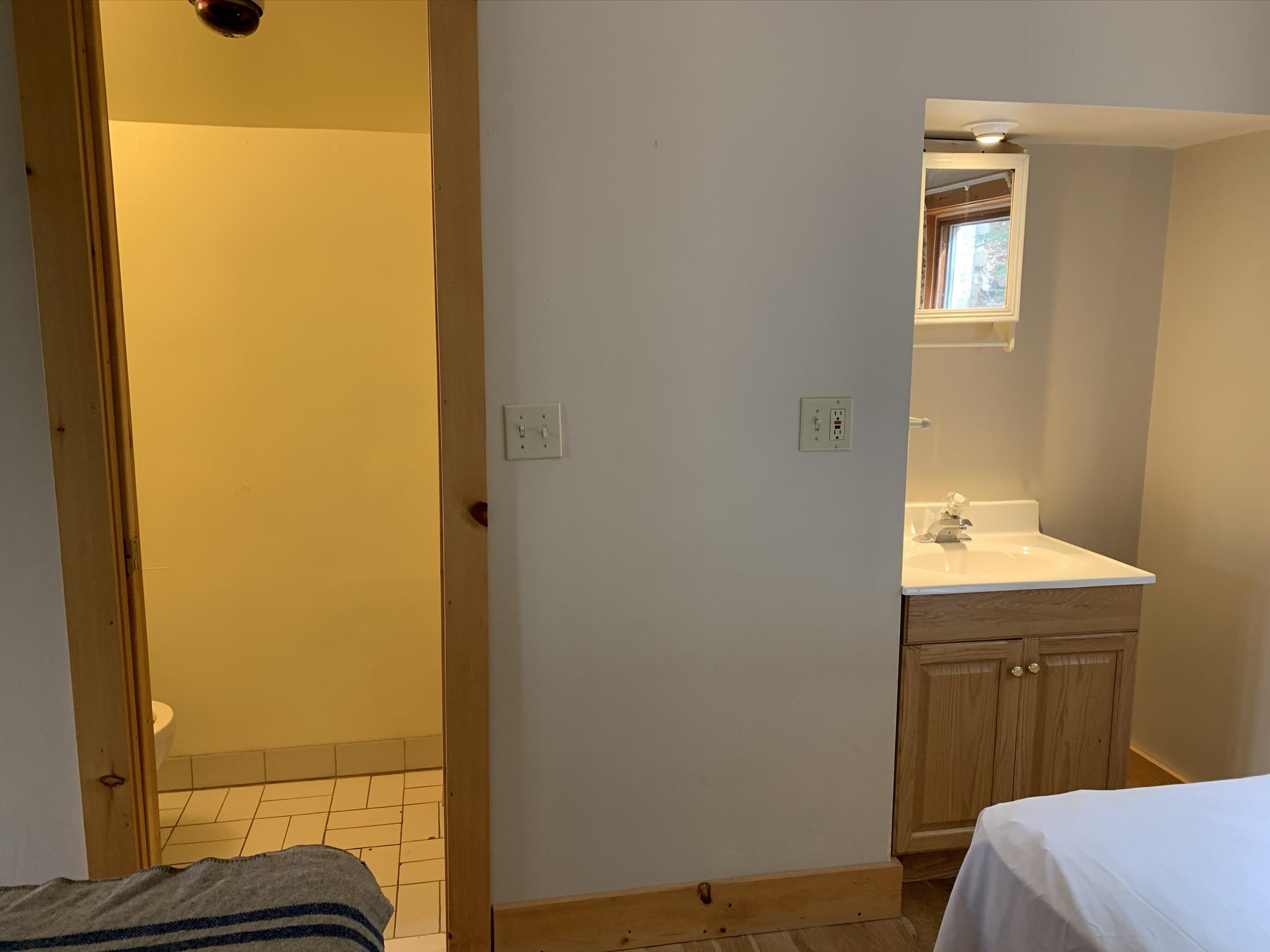 1 Bedroom - 10 - 2